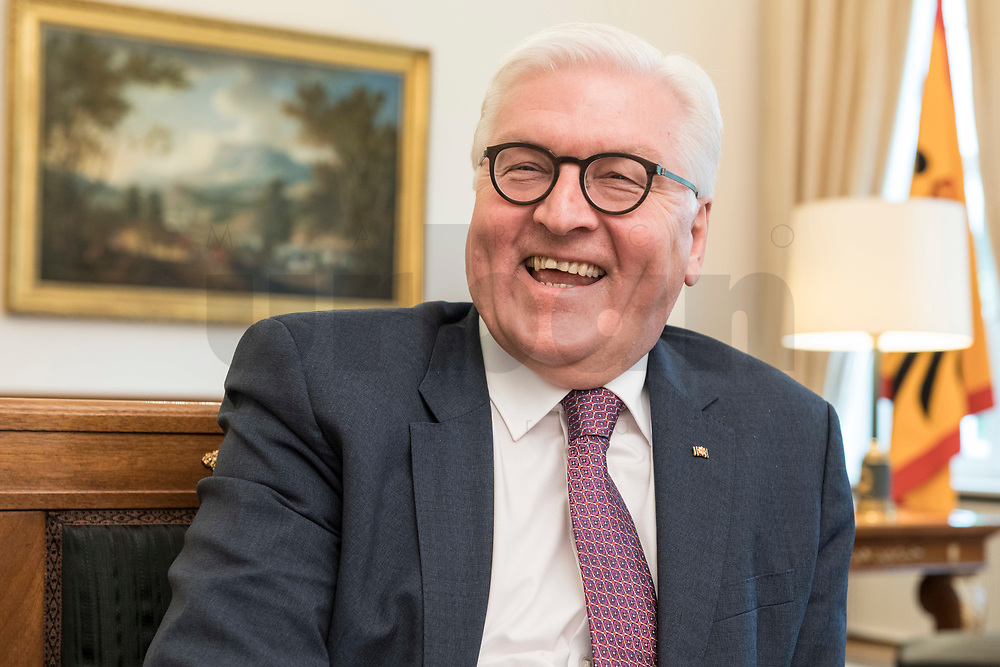 02 JUL 2018, BERLIN/GERMANY:<br /> Frank-Walter Steinmeier, Bundespraesident, waehrend einem Interview, Amtszimmer des Bundespraesidenten, Schloss Bellevue<br /> IMAGE: 20180702-01-006<br /> KEYWORDS: Bundespräsident