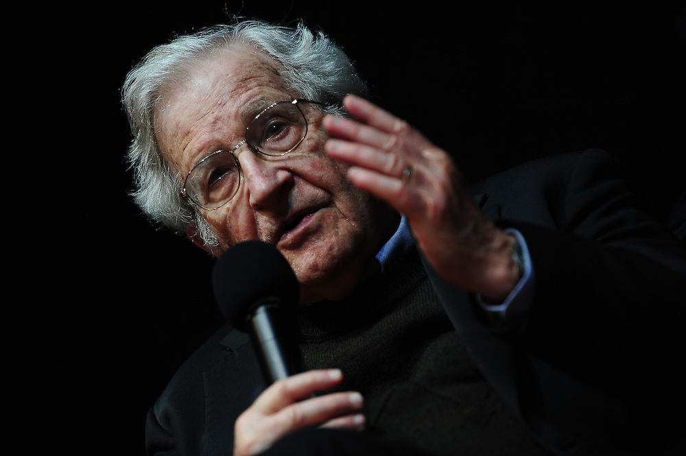 Karlsruhe, Germany. 30 May, 2014. Noam Chomsky (85) speaks on 'Driving forces in US policy' at ZKM Karlsruhe on Friday. Photo: Miroslav Dakov