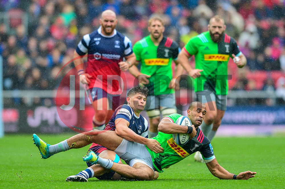 Piers O'Conor of Bristol Bears tackles Aaron Morris of Harlequins - Mandatory by-line: Ryan Hiscott/JMP - 22/09/2018 - RUGBY - Ashton Gate Stadium - Bristol, England - Bristol Bears v Harlequins - Gallagher Premiership Rugby