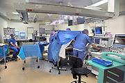 Nederland, Nijmegen, 2-2-2012Een operatie met behulp van scopen, laproscopen in de nieuwe en state of the art operatieafdeling van het umc radboud.Foto: Flip Franssen