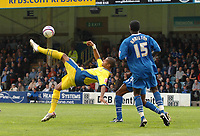 Photo: Ashley Pickering.<br /> Gillingham v Leeds United. Coca Cola League 1. 29/09/2007.<br /> Jermaine Beckford of Leeds (L) tries an overhead kick