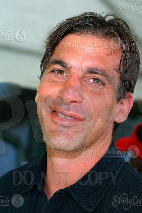 Jul 09, 2002; Los Angeles, CA, USA; Professional NHL hockey player for the Stanley Cup champion Detroit Red Wings CHRIS CHELIOS arrives @ SUGAR RAY LEONARD BOXING first year anniversary which was celebrated with a live fight night on ESPN2 from the Playboy Mansion in Holmby Hills.  Over 350 invited guests attended the cocktail reception and showdown in the back yard of Playboy HUGH HEFNER's 5.5 acre estate.  Mandatory Credit: Photo by Shelly Castellano/ZUMA Press. (©) Copyright 2002 by Shelly Castellano