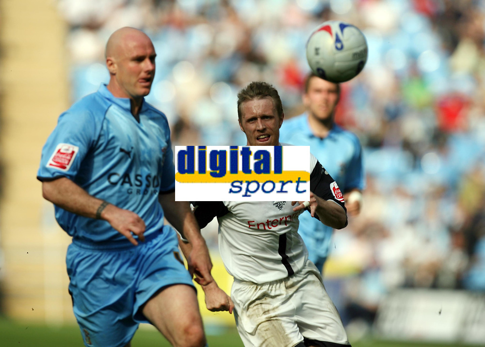 Photo: Rich Eaton.<br /> <br /> Coventry City v Preston North End. Coca Cola Championship. 14/04/2007. Brett Ormerod right of Preston and Robert Page left of Coventry
