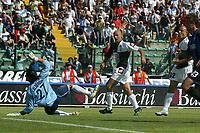 Siena 29-05-2005<br />Campionato di calcio serie A 2004-05 Siena Atalanta<br />Nella foto Il gol di Argilli<br />Foto Snapshot / Graffiti