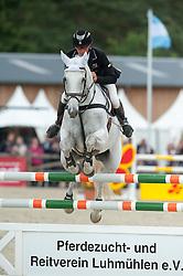 Andrew Nicholson (NZL) - Shady Grey <br /> Jumping - CCI4* Luhmühlen 2012<br /> © Hippo Foto - Jon Stroud