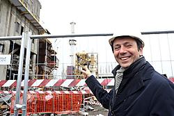 GIOVANNI MILANI AMMINISTRATORE DELEGATO SYNDIAL CON ALLE SPALLE L'INCENERITORE CHE VERRA' ABBATTUTO<br /> FERRARA 15-01-2014<br /> FOTO FILIPPO RUBIN