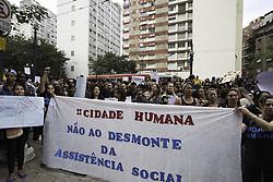 August 14, 2017 - Manifestantes protestam em frente à Câmara Municipal na manhã desta segunda-feira (14) contra mudanças no sistema de Políticas de Assistência Social. (Credit Image: © Bruno Rocha/Fotoarena via ZUMA Press)