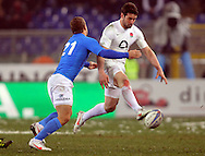 © Andrew Fosker / Seconds Left Images 2012 - England's Ben Foden chips through as he's tackled by Italy's Tobias Botes -  Italy v England 11/02/2012 - RBS 6 Nations - Stadio Olimpico - Rome - Italy -  All rights reserved
