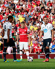 Arsenal defeat Spurs