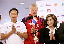 BANGKOK, THAILAND - Monday, July 13, 2015: Liverpool's Martin Skrtel at Bangkok's Suvarnabhumi Airport as the team arrive in Thailand for the start of the club's preseason tour. (Pic by David Rawcliffe/Propaganda)