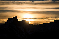 19.12.2016, Grand Risa, La Villa, ITA, FIS Ski Weltcup, Alta Badia, Riesenslalom, Herren, Riesenslalom, Herren, im Bild Sonnenaufgang in den Dolomiten // Sunset in the Dolomites during the men's Giant Slalom of FIS Ski Alpine World Cup at the at the Grand Risa race Course in La Villa, Italy on 2016/12/19. EXPA Pictures © 2016, PhotoCredit: EXPA/ Johann Groder