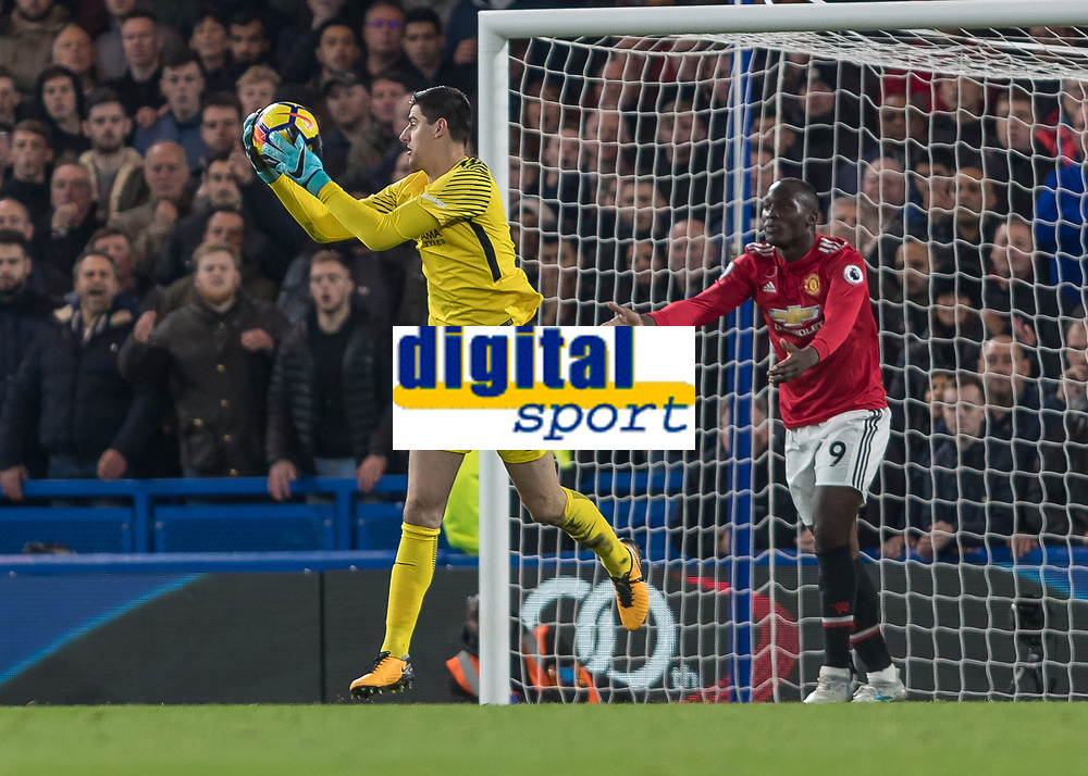 Football - 2017 / 2018 Premier League - Chelsea vs Manchester United<br /> <br /> Romelu Lukaku (Manchester United) pleads with his team mates to give him better passes at Stamford Bridge <br /> <br /> COLORSPORT/DANIEL BEARHAM