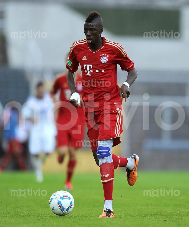 FUSSBALL  Regionalliga Sued     SAISON  2011/2012     12.08.2011 FC Bayern Muenchen II - FC Memmingen Sene Saer  (FC Bayern II)