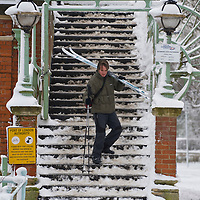 Richmond - England  Feb 2nd  A skier at Richmond bridge. The snow which crippled South East England this morning will stay with the UK for the rest of the week, forecasters warn,...***Standard Licence  Fee's Apply To All Image Use***.Marco Secchi. tel +44 (0) 845 050 6211. e-mail ms@msecchi.com .www.marcosecchi.com
