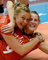 10-08-2014 NED: FIVB Grand Prix Belgie - Puerto Rico, Doetinchem<br /> Ilka Van De Vijver, Freya Aelbrecht