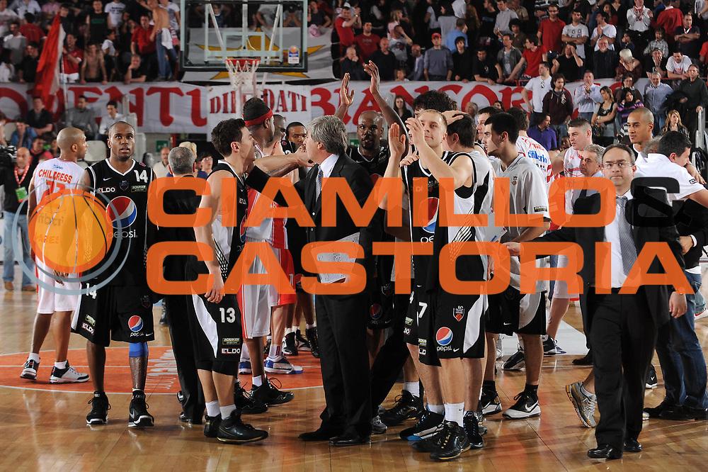 DESCRIZIONE : Varese Lega A 2009-10 Cimberio Varese Pepsi Caserta<br /> GIOCATORE : Team Caserta<br /> SQUADRA : Pepsi Caserta<br /> EVENTO : Campionato Lega A 2009-2010 <br /> GARA :  Cimberio Varese Pepsi Caserta<br /> DATA : 25/04/2010<br /> CATEGORIA : Ritratto Esultanza<br /> SPORT : Pallacanestro <br /> AUTORE : Agenzia Ciamillo-Castoria/A.Dealberto<br /> Galleria : Lega Basket A 2009-2010 <br /> Fotonotizia : Varese Campionato Italiano Lega A 2009-2010 Cimberio Varese Pepsi Caserta<br /> Predefinita :