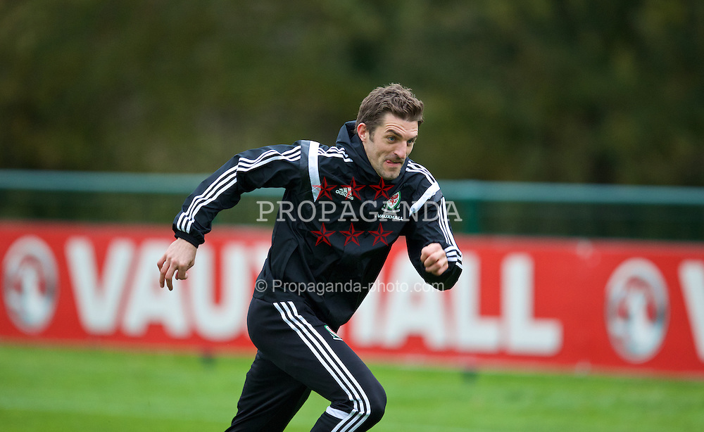 CARDIFF, WALES - Wednesday, November 13, 2013: Wales' Sam Vokes during a training session at the Vale of Glamorgan ahead of the international friendly match against Finland. (Pic by David Rawcliffe/Propaganda)