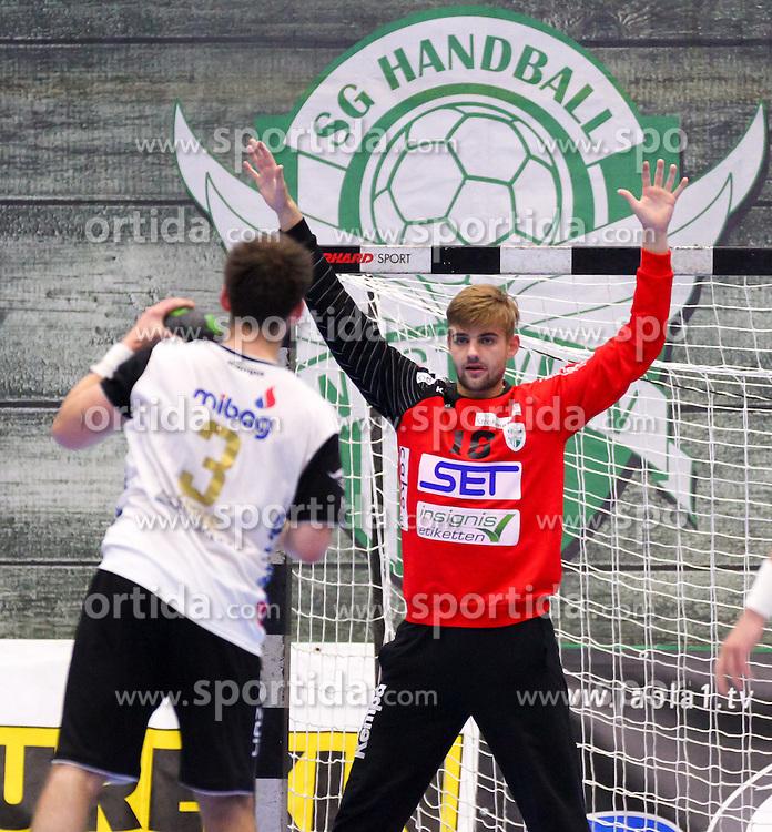 11.10.2015, BSFZ Südstadt, Maria Enzersdorf, AUT, HLA, SG INSIGNIS Handball WESTWIEN vs HC LINZ AG, Grunddurchgang, 8. Runde, im Bild Florian Kaiper (WestWien)// during Handball League Austria, 8 th round match between SG INSIGNIS Handball WESTWIEN and HC LINZ AG at the BSFZ Südstadt, Maria Enzersdorf, Austria on 2015/10/11, EXPA Pictures © 2015, PhotoCredit: EXPA/ Sebastian Pucher