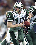 Jets quarterback Chad Pennington (10) drops back for a hand off, during the second quarter against the St. Louis Rams in St. Louis, Missouri, January 2, 2005.  The Rams beat the New York Jets in overtime 32-29.