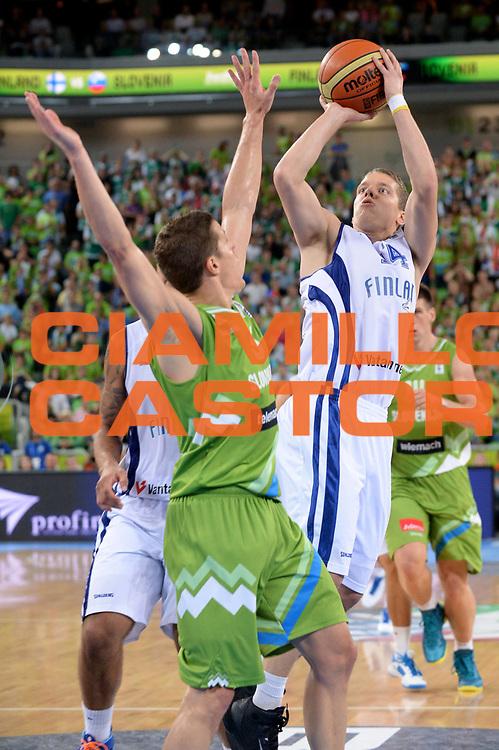 DESCRIZIONE : Lubiana Ljubliana Slovenia Eurobasket Men 2013 Second Round Slovenia Finlandia Slovenia Finland<br /> GIOCATORE : Roope Ahonen<br /> CATEGORIA : Tiro<br /> SQUADRA : Finalndia Finland<br /> EVENTO : Eurobasket Men 2013<br /> GARA : Slovenia Finlandia Slovenia Finland<br /> DATA : 16/09/2013 <br /> SPORT : Pallacanestro <br /> AUTORE : Agenzia Ciamillo-Castoria/Max.Ceretti<br /> Galleria : Eurobasket Men 2013<br /> Fotonotizia : Lubiana Ljubliana Slovenia Eurobasket Men 2013 Second Round Slovenia Finlandia Slovenia Finland<br /> Predefinita :