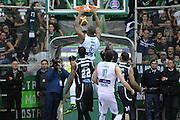 DESCRIZIONE : Avellino Lega A 2013-14 Sidigas Avellino-Pasta Reggia Caserta<br /> GIOCATORE : Thomas Will<br /> CATEGORIA : controcampo schiacciata <br /> SQUADRA : Sidigas Avellino<br /> EVENTO : Campionato Lega A 2013-2014<br /> GARA : Sidigas Avellino-Pasta Reggia Caserta<br /> DATA : 16/11/2013<br /> SPORT : Pallacanestro <br /> AUTORE : Agenzia Ciamillo-Castoria/GiulioCiamillo<br /> Galleria : Lega Basket A 2013-2014  <br /> Fotonotizia : Avellino Lega A 2013-14 Sidigas Avellino-Pasta Reggia Caserta<br /> Predefinita :
