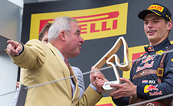 03.07.2016, Red Bull Ring, Spielberg, AUT, FIA, Formel 1, Grosser Preis von Österreich, Rennen, im Bild Landeshauptmann der Steiermark, Hermann Schützenhöfer (ÖVP), Max Verstappen (NED) Red Bull Racing // Governor of Styria Hermann Schützenhöfer (ÖVP) British Formula One driver Lewis Hamilton of Mercedes AMG F1 during the Race for the Austrian Formula One Grand Prix at the Red Bull Ring in Spielberg, Austria on 2016/07/03. EXPA Pictures © 2016, PhotoCredit: EXPA/ Dominik Angerer