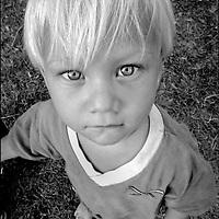 NI—OS DE PORAI - Homenaje a Mariano Diaz.Photography by Aaron Sosa.Isla Zapara, Estado Zulia.- Venezuela 2002.(Copyright © Aaron Sosa))