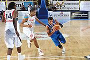 DESCRIZIONE : Cagliari Eurobasket Men 2009 Additional Qualifying Round Italia Francia<br /> GIOCATORE : Marco Belinelli<br /> SQUADRA : Italy Italia Nazionale Maschile<br /> EVENTO : Eurobasket Men 2009 Additional Qualifying Round <br /> GARA : Italia Francia Italy France<br /> DATA : 05/08/2009 <br /> CATEGORIA : penetrazione<br /> SPORT : Pallacanestro <br /> AUTORE : Agenzia Ciamillo-Castoria/C.De Massis
