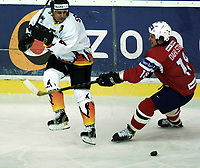 Icehockey. Qualification Olympic Games. Norway-Germany 8 january 2001. Norge-Tyskland, Jordal Amfi. 2001. Leonard Soccio, Germany and Ole Dahlstom, Norway