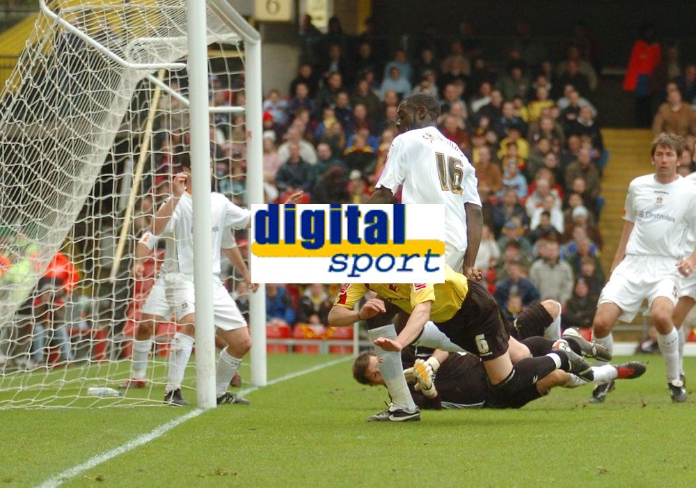 Photo: Leigh Quinnell.<br /> Watford v Luton Town. Coca Cola Championship. 09/04/2006. Watfords Jay DeMerit heads wide of the Luton goal.