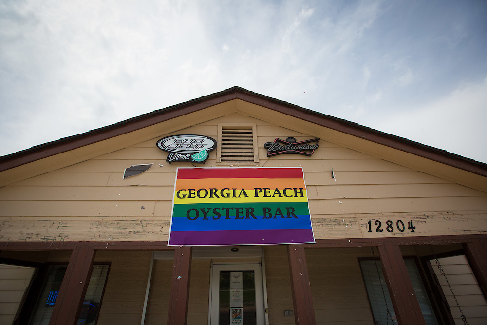 The front of the Georgia Peach Oyster Bar in Paulding County, Ga. on Thursday, July 2, 2015. Shot for a story about changes occurring in the South following a heightened national awareness and sensitivity concerning the Confederate battle flag. Photo by Kevin Liles for The New York Times