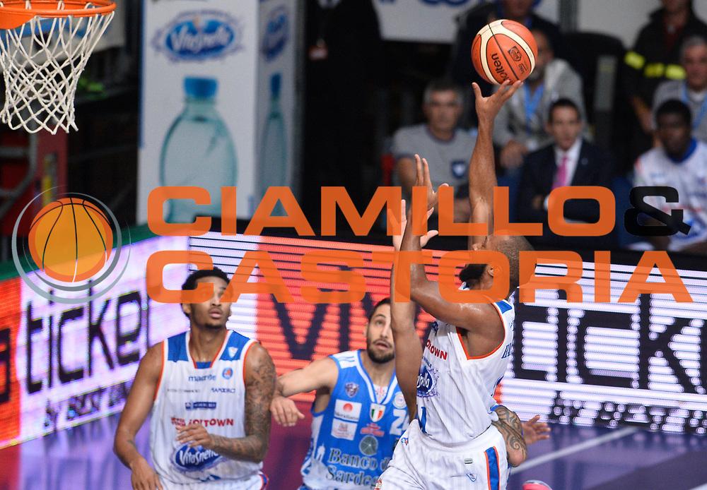 DESCRIZIONE : Cantu' Lega A 2015-16 Acqua Vitasnella Cantu' - Dinamo Banco di Sardegna Sassari<br /> GIOCATORE : Kenny Hasbrouck<br /> CATEGORIA : tiro penetrazione<br /> SQUADRA : Acqua Vitasnella Cantu'<br /> EVENTO : Campionato Lega A 2015-2016 GARA : Acqua Vitasnella Cantu' - Dinamo Banco di Sardegna Sassari <br /> DATA : 12/10/2015 <br /> SPORT : Pallacanestro <br /> AUTORE : Agenzia Ciamillo-Castoria/R.Morgano<br /> Galleria : Lega Basket A 2015-2016 Fotonotizia : Cantu' Lega A 2015-16 Acqua Vitasnella Cantu' - Dinamo Banco di Sardegna Sassari