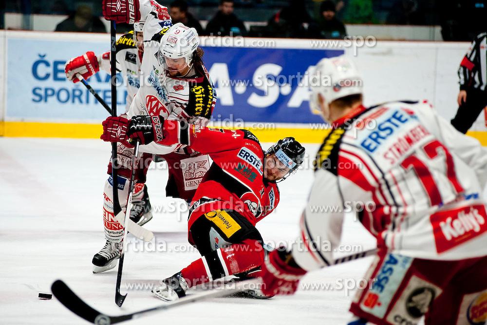 15.03.2015, Ice Rink, Znojmo, CZE, EBEL, HC Orli Znojmo vs EC KAC, 59. Runde, 5. Viertelfinale, im Bild v.l. Lukas Pither (EC KAC), Branislav Rehus (HC Orli Znojmo), Kim Stromberg (EC KAC) // during the Erste Bank Icehockey League 59th round match, 5th quarterfinal between HC Orli Znojmo and EC KAC at the Ice Rink in Znojmo, Czech Republic on 2015/03/15. EXPA Pictures © 2015, PhotoCredit: EXPA/ Rostislav Pfeffer