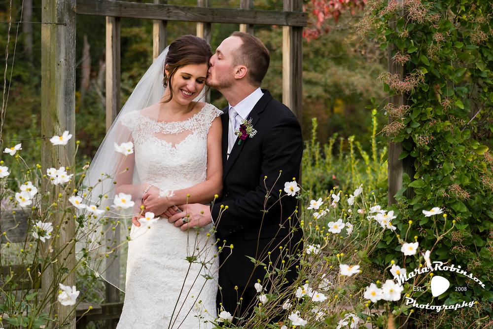 Tallmadge wedding photographer, Mara Robinson, Akron wedding photographer, Cleveland wedding photographer, Youngstown wedding photographer, northeast Ohio wedding photographer