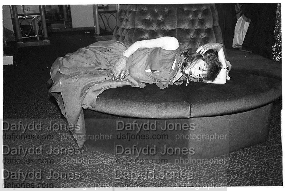 Amber Smit, Piers Gaveston Ball, Park Lane Hotel 13.05.83© Copyright Photograph by Dafydd Jones 66 Stockwell Park Rd. London SW9 0DA Tel 020 7733 0108 www.dafjones.com