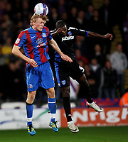 Fotball<br /> England<br /> Foto: Colorsport/Digitalsport<br /> NORWAY ONLY<br /> <br /> Football<br /> nPower Championship<br /> Crystal Palace vs Portsmouth<br /> at Selhurst Park<br /> Crystal Palace's Jonathan Parr  battles with Portsmouth's Aaron Mokoena<br /> 01/11/2011