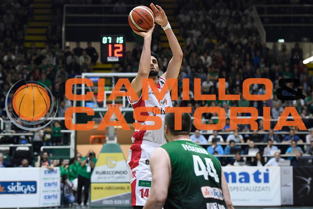 Cervi Riccardo<br /> Sidigas Avellino - Grissin Bon Reggio Emilia<br /> Lega Basket Serie A 2016-2017<br /> Playoff Gara 2<br /> Avellino 15/05/2017<br /> Foto Ciamillo-Castoria