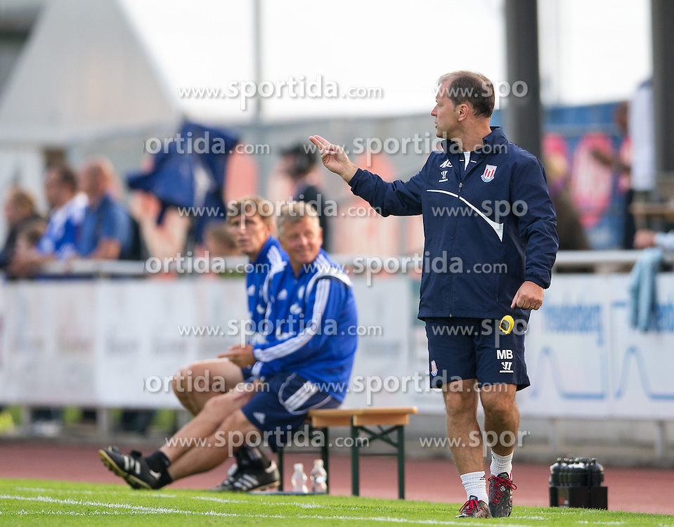 29.07.2014, Kufstein Arena, Kufstein, AUT, FS Vorbereitung, Testspiel, FC Schalke 04 vs Stoke City, im Bild  Trainer Mark Hughes (Stoke City) // during a Friendly Match between FC Schalke 04 and Stoke City at the Kufstein Arena, Kufstein, Austria on 2014/07/29. EXPA Pictures © 2014, PhotoCredit: EXPA/ Johann Groder