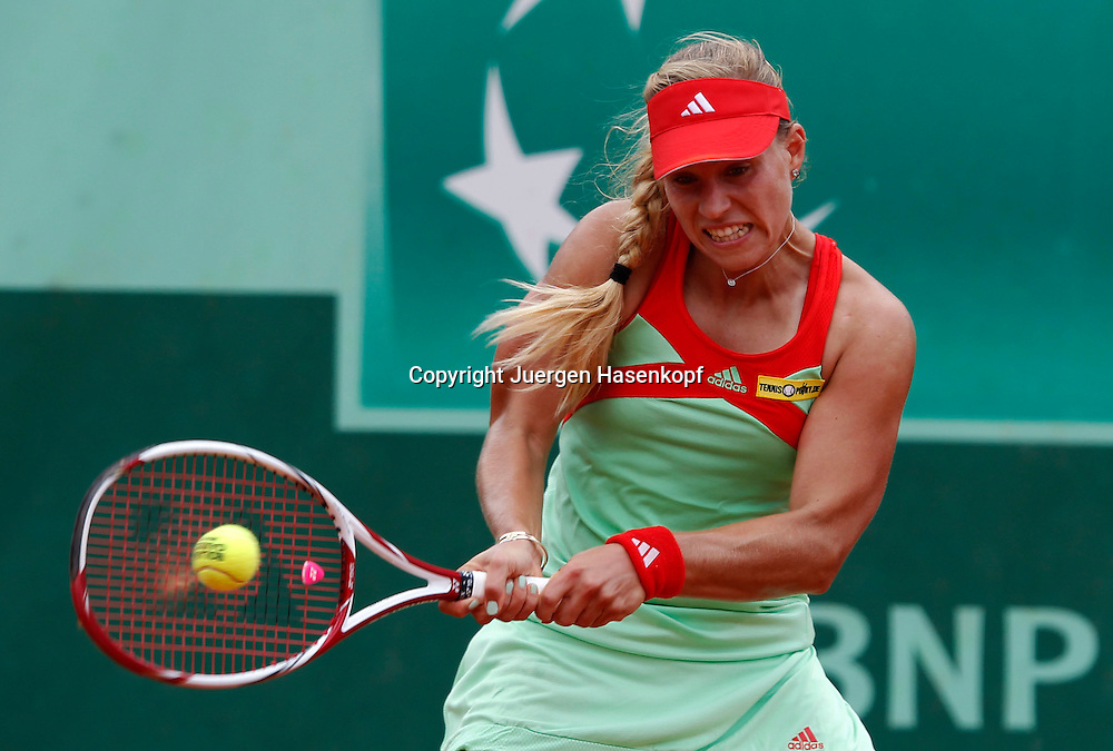 French Open 2011, Roland Garros,Paris,ITF Grand Slam Tennis Tournament .Angelique Kerber (GER);.Aktion,Einzelbild,Halbkoerper,Querformat,