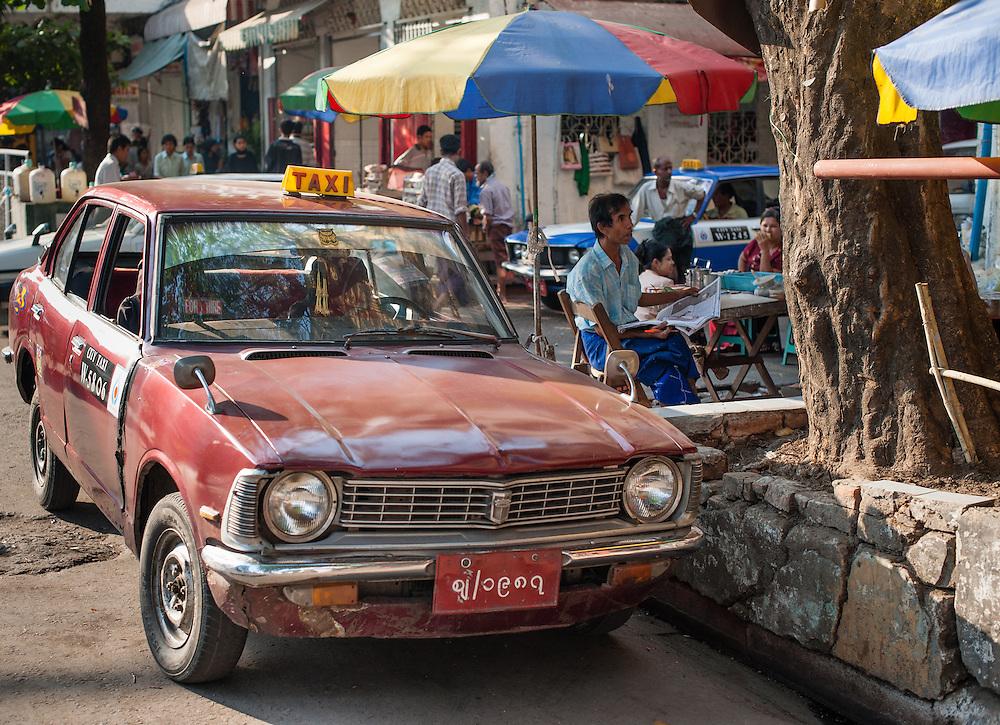 Taxi in Yangon (Myanmar)