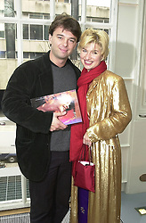 Cabaret star BARONESS ISSY VAN RANDWYCK and her fiance MR EDWARD HALL son of Peter Hall, at a party in London on 18th February 2000.OBG  13