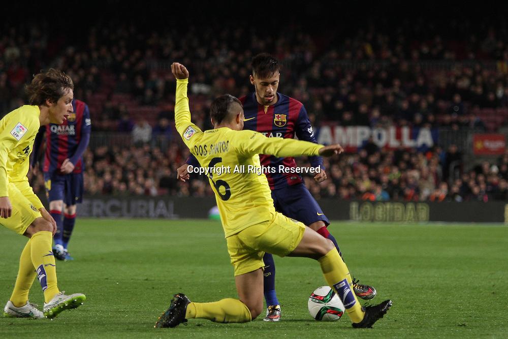 11.02.2015.  Barcelona, Spain. Copa del Rey Semi final 1st Leg. Barcelona versus Villarreal. Neymar challenged by Dos Santos (6)