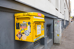 THEMENBILD - ein Briefkasten der österreichischen Post, aufgenommen am 18. November 2018, Wien, Österreich // A post box of the Austrian Post on 2018/11/18, Vienna, Austria. EXPA Pictures © 2018, PhotoCredit: EXPA/ Sebastian Pucher
