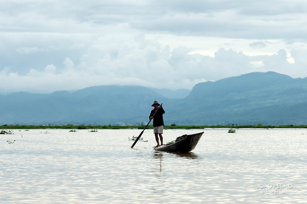 Traditiona fisherman of Inle Lake, Myanmar