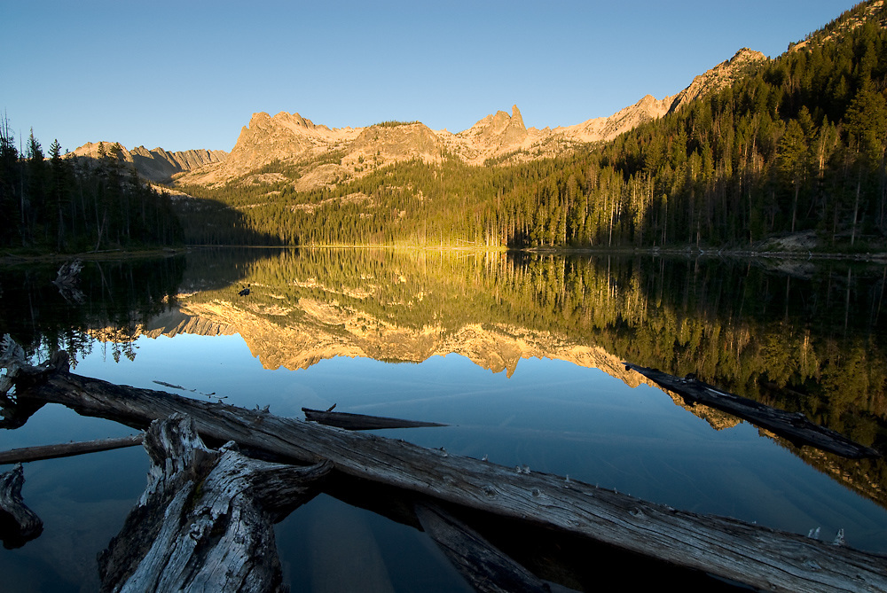 Idaho. Hell Roaring Lake and the Sawtooth Mountains.