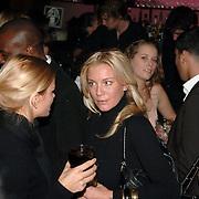 NLD/Amsterdam/20060123 - Feest release film 50 Cent, Angela van Hulten - Kluivert met vrienden