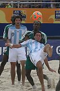 Footbal-FIFA Beach Soccer World Cup 2006 -  Open Oficial Games - ARG x NIR- Facundo Minici and Santiago Lopes ARG-  Rio de Janeiro, Brazil - 02/11/2006.<br />Mandatory Credit: FIFA/Ricardo Ayres
