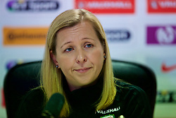 SOUTHAMPTON, ENGLAND - Thursday, April 5, 2018: Wales' manager Jayne Ludlow during a press conference at St. Mary's Stadium ahead of the FIFA Women's World Cup 2019 Qualifying Round Group 1 match against England. (Pic by David Rawcliffe/Propaganda)
