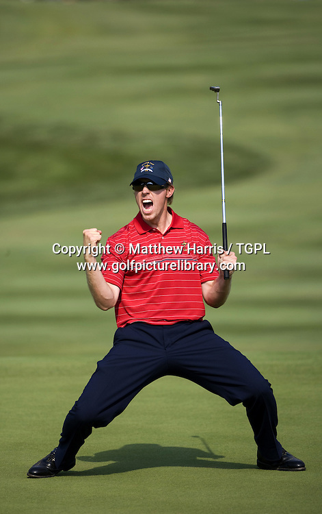 Hunter MAHAN (USA) celebrates making birdie to win the 17th holeV Paul CASEY (EUR) during Singles 2008 Ryder Cup Matches, Valhalla, Louisville, Kentucky, USA.