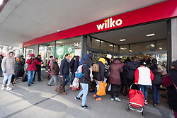 © Licensed to London News Pictures. 20/03/2020. London, UK.  Customers enter a Wilko store at opening time as panic buying sets in due the threat of Coronavirus spreading Photo credit: Ray Tang/LNP
